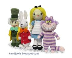 Mad Hatter, White Rabbit, Alice in Wonderland and Cheshire Cat. Omfg.