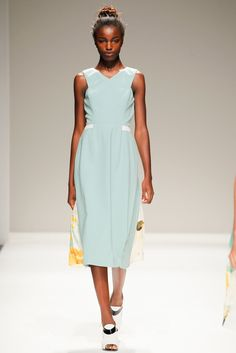 See the complete Bibhu Mohapatra Spring 2014 Ready-to-Wear collection.