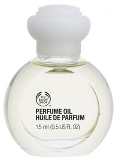 Vanilla Perfume Oil The Body Shop for women - Top notes are lemon, peach, apricot and plum; middle notes are rose, jasmine, lily-of-the-valley, ylang-ylang, tuberose and orange blossom; base notes are sandalwood, vanilla, amber and musk.