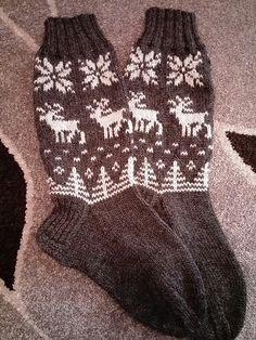 Knitting Socks, Arm Warmers, Cross Stitch Patterns, Knit Crochet, Yarns, Crocheting, Clothes, Fashion, Winter