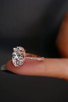 30 Utterly Gorgeous Engagement Ring Ideas ❤️ See more: http://www.weddingforward.com/engagement-ring-inspiration/ #wedding #gorgeousweddingringsjewelry #UniqueEngagementRings