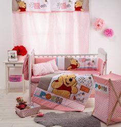 Disney Pooh Sleep Time 4-Piece Crib Bedding Set.