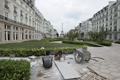 ~ Eerie Photo of China's Real-life Replica of Paris – Now A Ghost Town ~