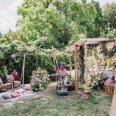 Welcome to our magical by 😍 with types of 📷 🌺 🏠 Cheesecake Wedding Cake, Nutella Crepes, Destination Wedding Planner, Chocolate Covered Strawberries, Lollipops, Cakepops, Macarons, Wedding Cakes, Couture