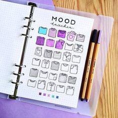 52 Bullet Journal Mood Tracker Ideas Volume 2 Step right up! Get your bullet journal mood trackers here! Check out these 52 very cool mood tracker ideas for your bullet journal! Bullet Journal Tracker, Bullet Journal En Français, Bullet Journal Aesthetic, Bullet Journal Ideas Pages, Bullet Journal Spread, Bullet Journal Layout, My Journal, Bullet Journal Inspiration, Journal Pages