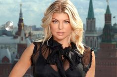 Fergie Makes the Fannypack Look Fashionable in Her Wedge Sneakers | Buy ➜ http://shoespost.com/fergie-giuseppe-zanotti-wedge-sneakers/