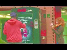 http://comunicaromarketing.wordpress.com/2012/10/19/quieres-ser-tu-el-agente-007-intentalo-y-consigue-una-entrada-para-el-estreno/ Una excelente manera de hacer partícipe a tu público antes de la presentación oficial del film #publicidad #marketing #comunicación