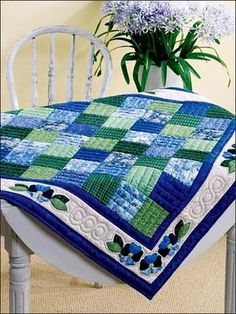PDF Pattern for Geometric Modern Cot Crib Patchwork Quilt in triangles. Sew your own handmade quilt. PDF Pattern for Geometric Modern Cot Crib Patchwork Quilt. Love the colour combo Geometric Navy and Lime Handmade Modern Cot Crib Patchwork Quilt with whi Table Topper Patterns, Quilted Table Toppers, Quilted Table Runners, Colchas Quilting, Quilting Projects, Quilting Designs, Blue Quilts, Small Quilts, Mini Quilts