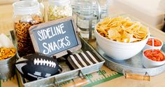 themed party inspiration for (super bowl dips party snacks) Football Draft Party, Football Birthday, Soccer Party, Nfl Party, Party Food And Drinks, Party Snacks, Super Bowl Dips, Football Snacks, Fall Football