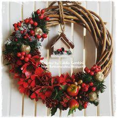 Winter wreaths, Christmas wreaths - handmade by Eulalia Gambini