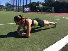 My Top 5 Reasons to Start Doing Planks Every Day