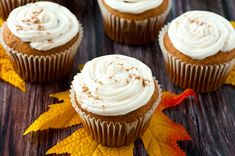 Delicious Pumpkin Cupcakes with  Homemade Frosting. I can't believe it's almost fall! It feels like summer just started, but when I look outside I see leaves starting to fall! But that's okay, because fall means it's time for one of my favorite foods- pumpkin! I love pretty much everything pumpkin, but I particularly like how … Pumpkin Spice Cupcakes, Pumpkin Dessert, Pumpkin Pie Spice, Store Bought Frosting, Homemade Pumpkin Pie, Cupcakes With Cream Cheese Frosting, Homemade Frosting, No Bake Desserts, My Favorite Food