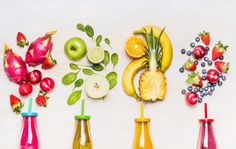 Bottles of Fruits smoothies with various ingredients on white wooden background, top view. Superfoods and healthy lifestyle or detox diet food concept. Fruit Smoothies, Smoothies Detox, Detox Kur, Power Smoothie, Diet Recipes, Healthy Recipes, Food Concept, Healthy Shakes, Superfoods