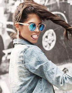 'Hey Macarena' nennt sich diese verspiegelte Sonnenbrille. Hier entdecken und kaufen: http://sturbock.me/xFJ