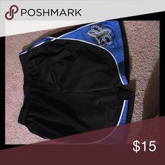 Men's fox basketball shorts Very good condition , men's large fox basketball shorts . Have no snags , tears or rips ! Fox Shorts Athletic