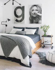 Home Remodel Bedroom 40 Grey and White Bedroom Ideas.Home Remodel Bedroom 40 Grey and White Bedroom Ideas Minimalist Bedroom, Minimalist Home, Minimalist Interior, Loft Decorado, White Bedroom, Master Bedroom, Teen Bedroom, Modern Bedroom, Grey And White Bedding