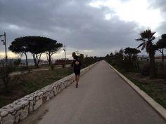 """@Giovanni Sedda """"#Correre in #Sardegna: bello rivisitare la mia amata terra mentre corro con @Halil Çağrı Uyanık it #scattidicorsa"""""""
