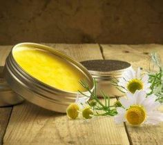 Heřmánková mast recept Magic Herbs, Detox, Herbalism, Health Fitness, Smoothie, Homemade, Vegetables, Diy, Food