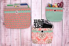 Wall Pocket Organizers: A Tutorial from Special Guest, Nancy Zieman Sewing Hacks, Sewing Tutorials, Sewing Projects, Free Tutorials, Zipper Pouch Tutorial, Purse Tutorial, Wall Pocket Organizer, Sewing With Nancy, Fabric Storage Boxes
