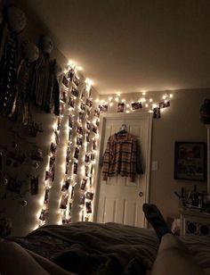 Lights cute room decor, cute room ideas, teen room decor, bedroom ins Cute Room Ideas, Cute Room Decor, Teen Room Decor, Bedroom Decor, Bedroom Inspo, Cozy Bedroom, Dream Rooms, Dream Bedroom, Grunge Bedroom