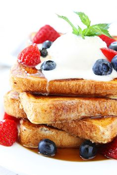 Ice Cream French Toast Recipe on twopeasandtheirpod.com Ice cream is the secret to making the BEST French toast!  #breakfast #frenchtoast
