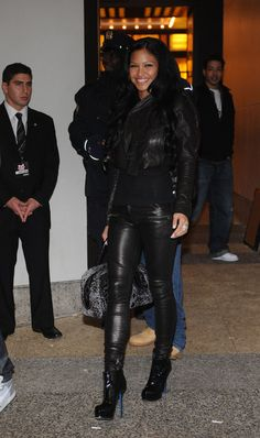 Celebs in Boots: Cassie in Yves Saint Laurent Boots and Leather. Cute Fashion, Urban Fashion, Womens Fashion, Teen Fashion, Fashion Ideas, Fashion Outfits, Cassie Ventura, All Black Everything, Black Is Beautiful