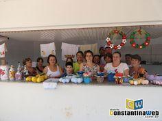 No dia de ontem (03), foi realizada uma feira de artesanato, esta com itens feitos pelos alunos da APAE de Constantina. A feira já realizada em outras ocasiões, desta vez teve o foco no artesanato para o Natal, e foi realizada no quiosque que se encontra na Rodoviária Muncipal de Constantina.