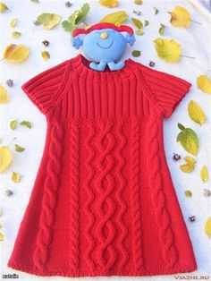 Knitted tunic for girls.