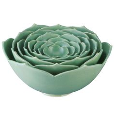 Nesting lotus bowls.  One of my fave colors and did anyone besides me think this looked like a succulent plant when they first saw it?