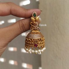 Ruby Necklace Designs, Jewelry Design Earrings, Gold Jewellery Design, Antique Jewellery Designs, Indian Jewelry Sets, Gold Jewelry Simple, Jewelry Patterns, Bridal Jewelry, Gold Buttalu