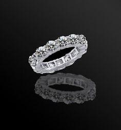 http://diamond-veneer.blogspot.com/