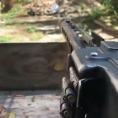 Military Weapons, Weapons Guns, Guns And Ammo, Military Aircraft, Military Videos, Military Pictures, Armas Airsoft, Hidden Weapons, Military Special Forces