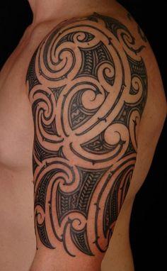 Maori Tattoo für Männer am Oberarm