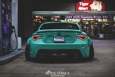 Low and wide Toyota 86