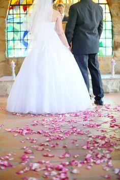 Miss Wang Real Wedding_0012 Wedding Book, Wedding Tips, Traditional Weddings, Lilac, Pink, Real Weddings, Wedding Inspiration, Wedding Dresses, Blog