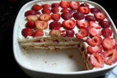 Greek Recipes, Dessert Recipes, Desserts, Easy Cooking, French Toast, Cheesecake, Strawberry, Food And Drink, Sweets