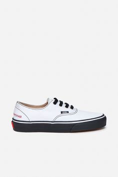 e274f31bac05 69 best Footwear images on Pinterest