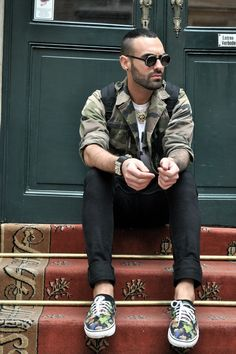 #doublered #camo #jacket #trendsetter #sneakers #trendy #menswear #original #fashion #style #ootd #cool #citylife #stairs