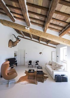 THE TRAVEL FILES: A STYLISH HOLIDAY VILLA IN ITALY   THE STYLE FILES