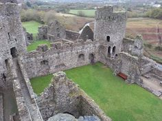 Kidwelly Castle Abandoned Castles, Abandoned Mansions, Abandoned Places, Vacation Places, Places To Travel, Places To See, Travel Destinations, Welsh Castles, Castles In Wales
