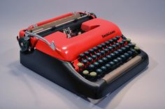 1950s Smith Corona 5, custom painted by Kasbah Mod[ified], New York City retailer of ace-quality vintage typewriters.