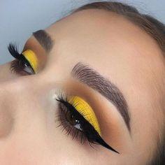 best yellow eye makeup idea