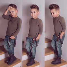 Little Boy Fashion Trends 2017 Fashion Kids, Toddler Boy Fashion, Little Boy Fashion, Toddler Boy Outfits, Fashion Clothes, Stylish Clothes, Fashion Tights, Fashion Shoes, Girl Fashion