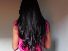 O couro cabeludo é uma estrutura orgânica composta pelo bulbo capilar , entanto se não for bem cuidado, provavelmente os fios ficaram secos, sem vida e quebradiços. se você está em busca de fios macios e saudável e não consegue esse objetivo, pode ser que o problema esteja no seu couro cabeludo.