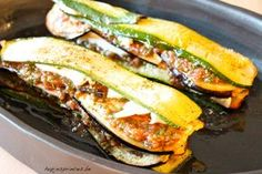 Recipe in Dutch: tian van aubergine, courgette en tomaat met mozzarella pascale naessens | hapjesprinces.be