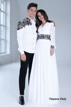 Сукня Петунія - 8900 грн Abaya Fashion, Muslim Fashion, Fashion Dresses, Indian Designer Outfits, Designer Dresses, Mode Russe, Matching Couple Outfits, Indian Gowns Dresses, Stylish Dresses