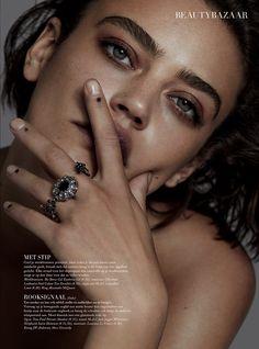 Harper's Bazaar NL | LUKAS BLASBERG