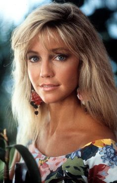 Actress Heather Locklear poses for the movie 'The Return of Swamp Thing' in Get premium, high resolution news photos at Getty Images Most Beautiful Models, Beautiful Celebrities, Beautiful Eyes, Beautiful Actresses, Beautiful People, Beautiful Women, Der Denver Clan, All American Girl, Actrices Hollywood