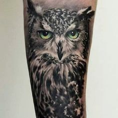 Realistic owl tattoo by our guest artist Tomek Major Dworniak If you like this tattoo - feel free to share it! #ink #tattoo #reaistictattoo #blackandgraytattoo #edinburghtatto #dundeetattoo #glasgowtattoo #scotlandtattoo #owl