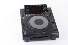 Pioneer CDJ-900 Tabletop Multi Player by Pioneer, http://www.amazon.com/dp/B0031T9850/ref=cm_sw_r_pi_dp_eqaUrb1B07WQV